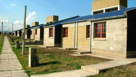 Transformaciones en el cooperativismo de vivienda de Mendoza periodo 2003 a 2011, en relación a la década de los noventa.