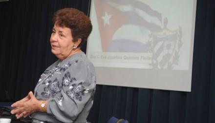 Reconocida médica cubana analizó en la UNCuyo el sistema sanitario en su país