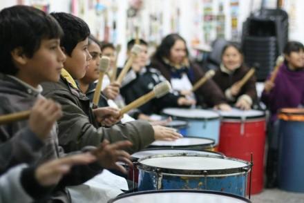 Los Centros de Actividades Juveniles (CAJ) en las escuelas secundarias de Mendoza